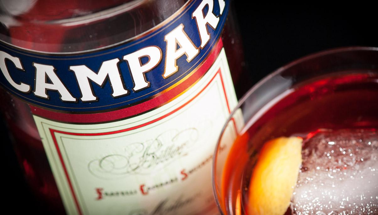 Campari - Negroni (label), photo ©2014 Douglas M. Ford. All rights reserved.