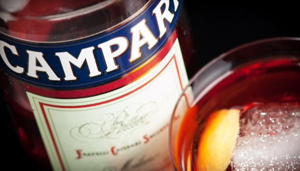 Campari - Negroni (label), photo ©2014 Douglas M. Ford. All rights reserved.